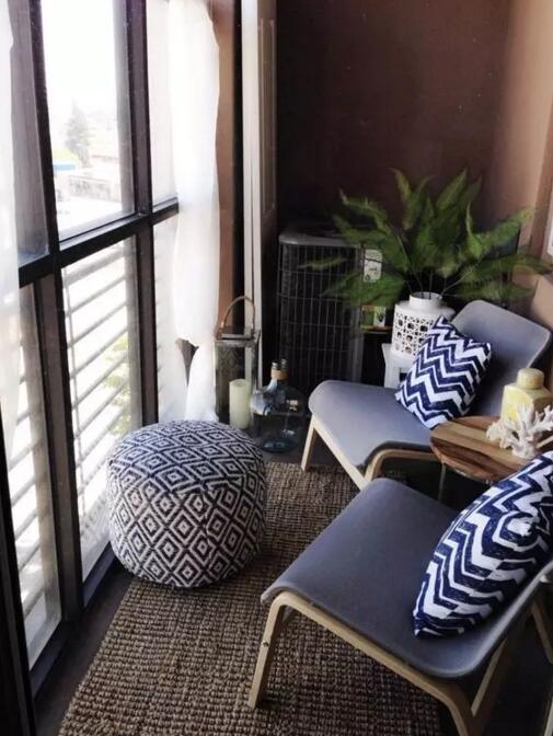 家里有个超小的阳台,我就是不晾衣服,改的多好看呀