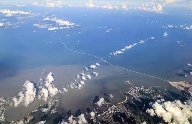 港珠澳大桥航拍.png
